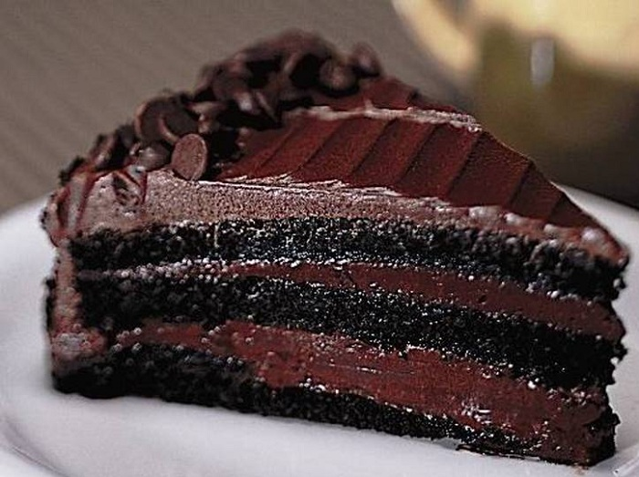 wet-chocolate-cake