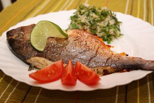 Fa3tFood.Com-Decorated-Fish-Food-15