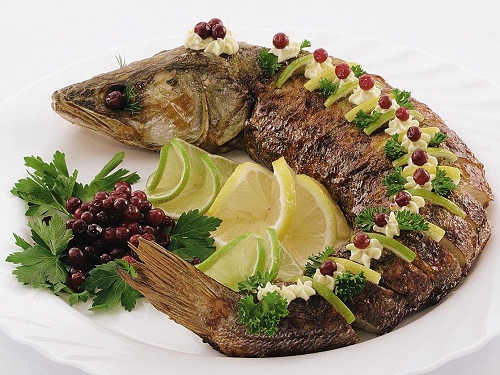 Fa3tFood.Com-Decorated-Fish-Food-19
