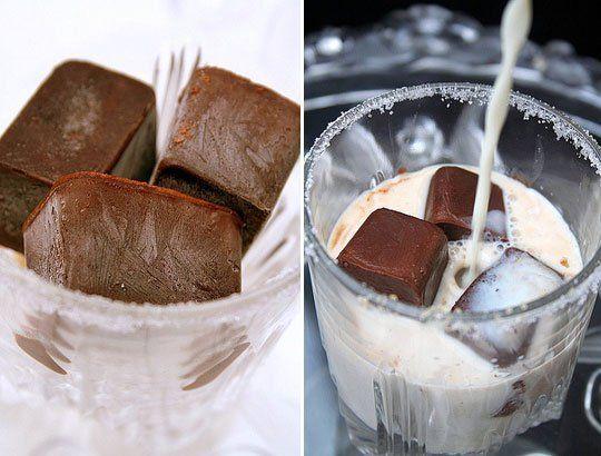شیر وانیلی با یخ طعم دار
