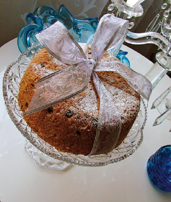 کیک کشمش و گردو
