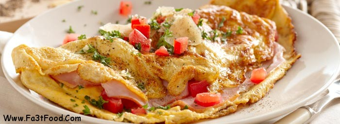 ham-cheese-and-tomato-omelette