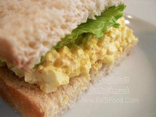 ساندویچ تخم مرغ و خردل