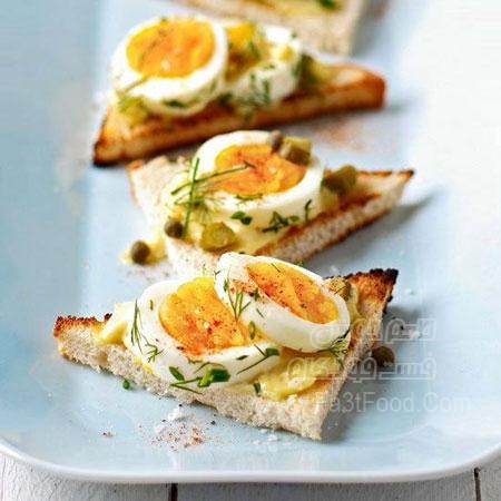 بروشتا تخم مرغ و سبزیجات