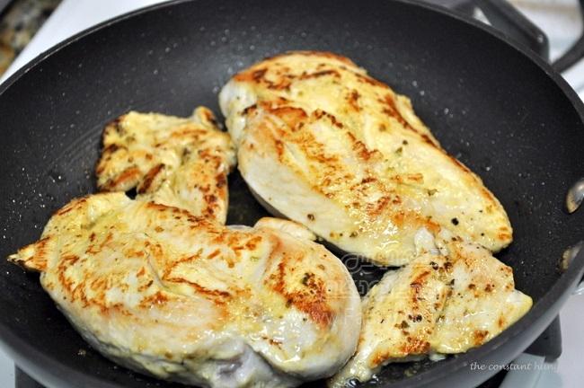 مرغ تابه ای با طعم سیر و لیمو