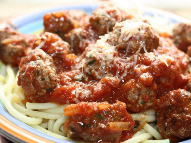 اسپاگتی با کوفته قلقلی لذیذ