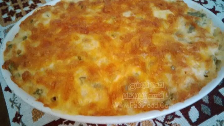 خوراک سبزیجات و پاستا