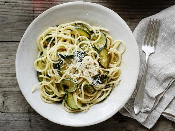 اسپاگتی با کدو سبز ویژه