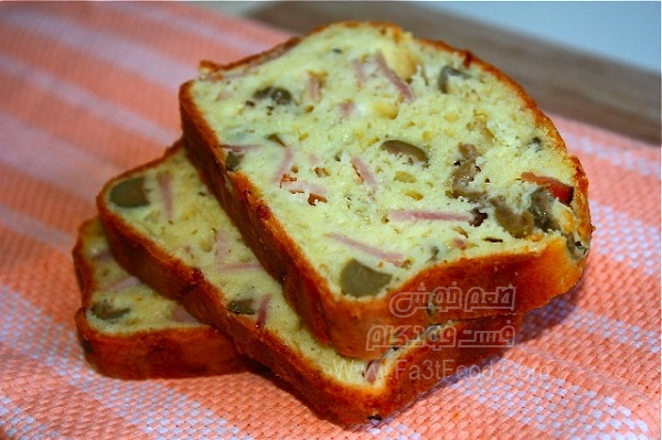 نان ژامبون و زیتون خوشمزه
