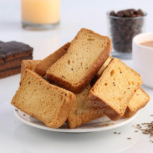 نان سوخاری صبحانه